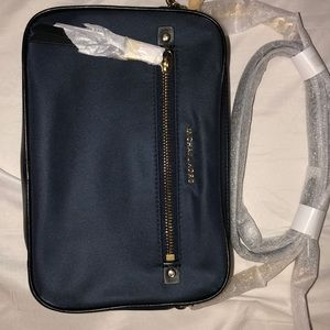 This brand new MichaelKors purse got one day ago